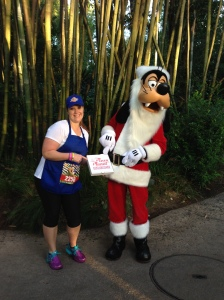 Santa Goofy ordered some pizza from Pizza Planet and I delivered!